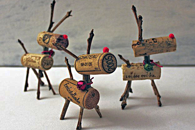 https://diyprojects.com/more-wine-cork-crafts-ideas/